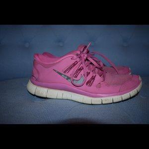 pink NIKE Free Runs Size 9 Women's